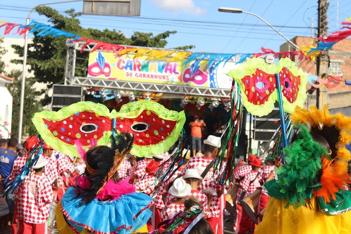 Garanhuns divulga lista dos habilitados para o carnaval 2018