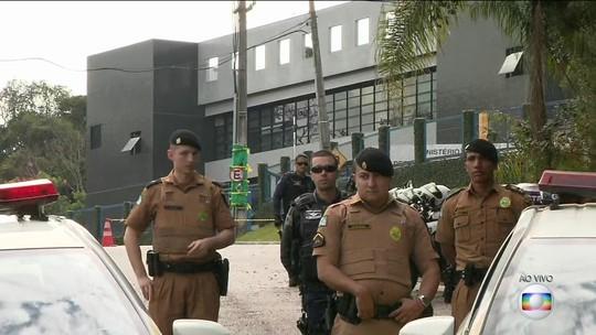 Relator da Lava Jato em segunda instância determina que Lula seja mantido preso