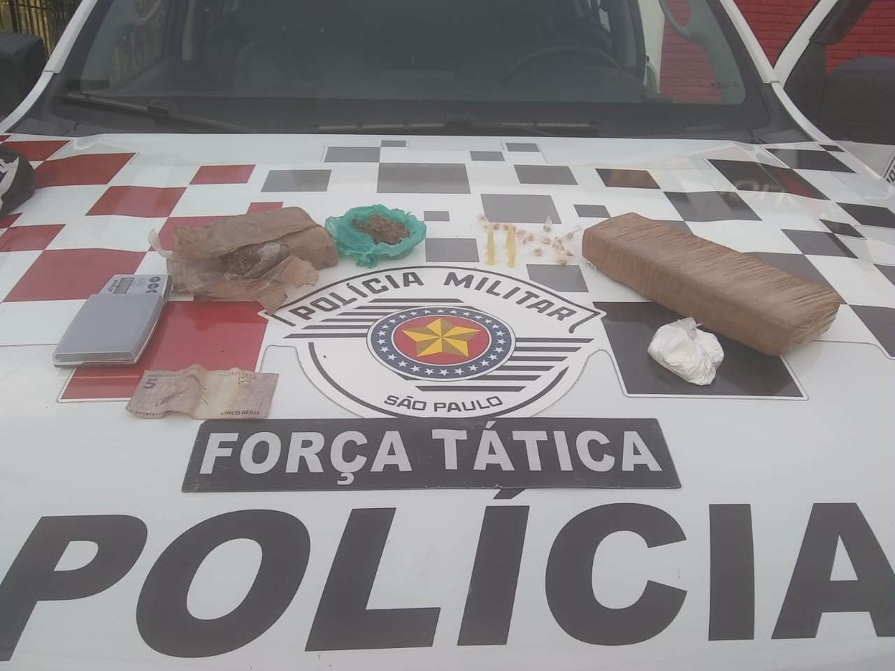 Adolescente é apreendido com drogas em Guaratinguetá, SP