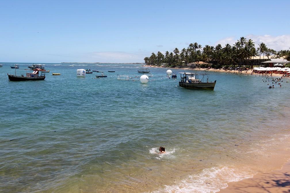 Praia do Forte, no litoral norte da Bahia — Foto: Carol Garcia/GovBA