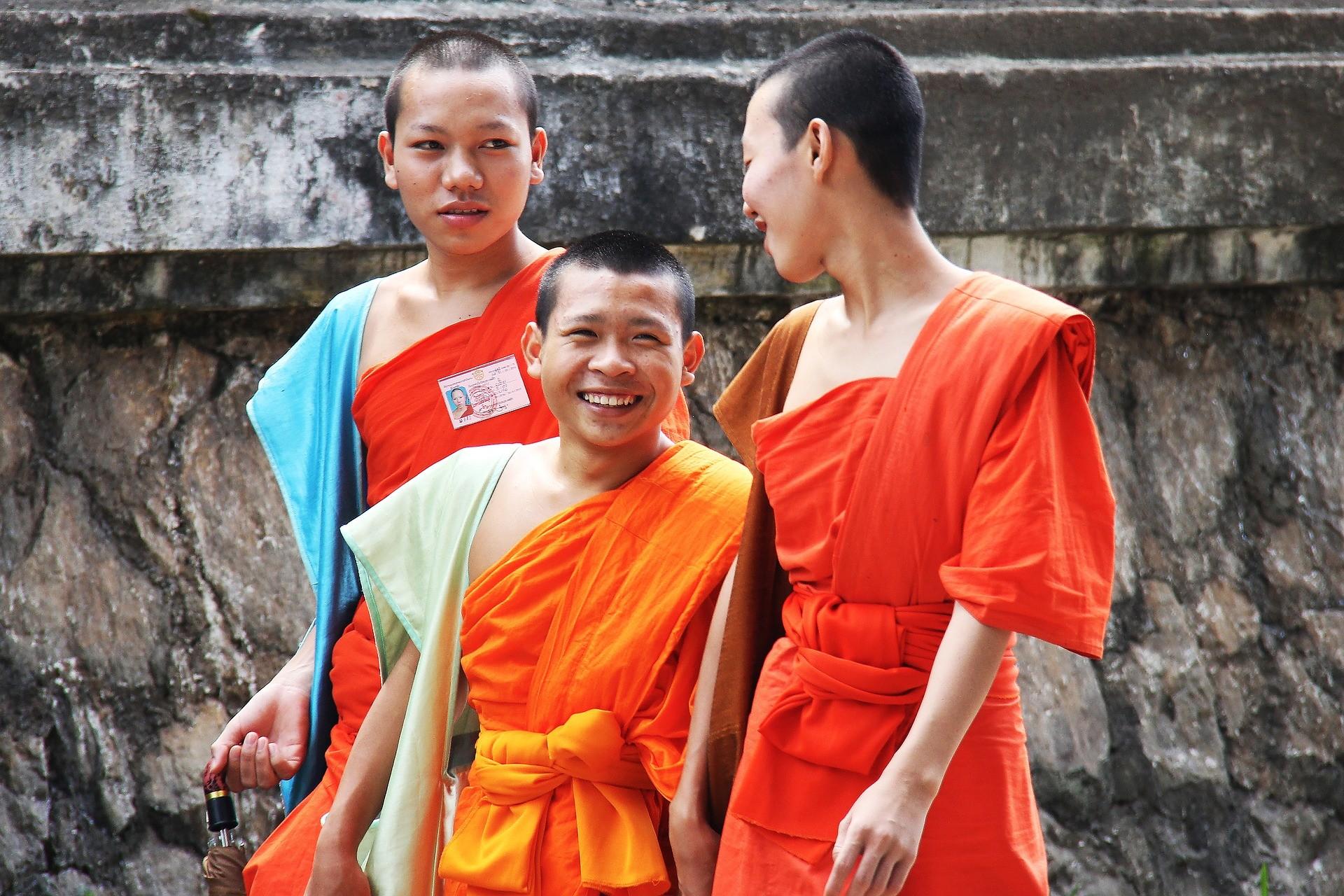 Budistas então entre os que apresentam os maiores índices de felicidade. (Foto: Creative Commons / Sharonang)