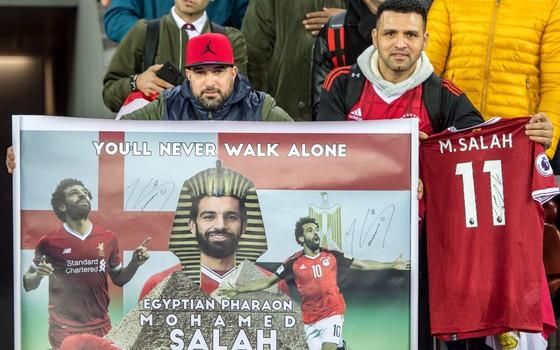 Mohamed Salah. Querido pela torcida do Liverpool, na Inglaterra, e pela população do Egito (Foto: Getty Images)
