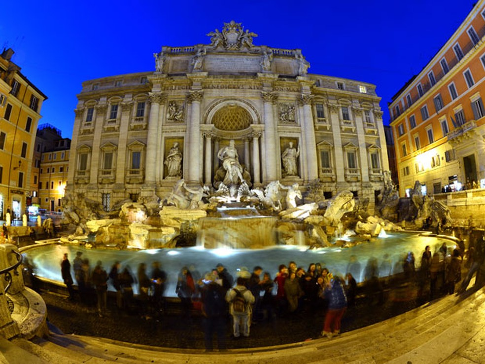 Fontana di Trevi, em Roma — Foto: Gabriel Bouys/AFP Photo