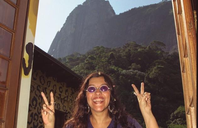 Em 1998, na casa onde foi gravado o 'Muvuca', no Rio (Foto: Carlos Ivan)