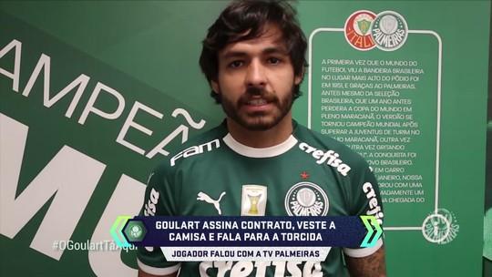"""Em vídeo, Ricardo Goulart veste a camisa do Palmeiras e diz: """"Espero ser muito feliz aqui"""""""