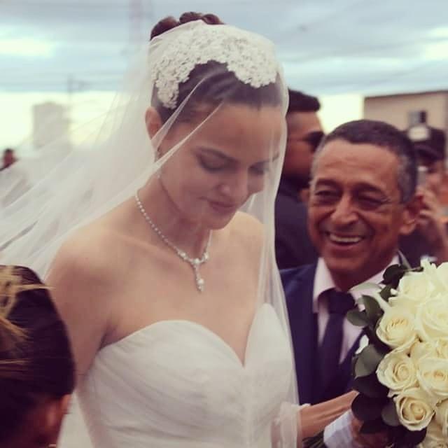 Barbara Fialho no casamento com Rohan Marley (Foto: Reprodução/Instagram @marciayellow)