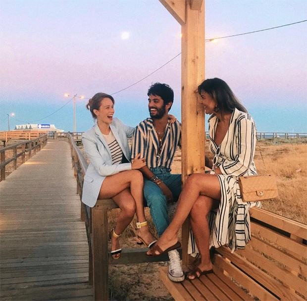 Mariana Ximenes, André Nicolau e Carol Sampaio (Foto: Reprodução/Instagram)