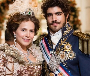 Leticia Colin e Caio Castro em 'Novo mundo' | TV Globo