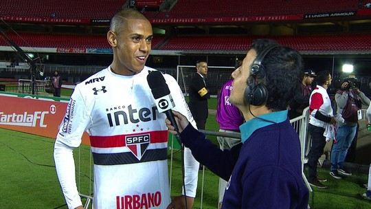 Aniversariante e autor do gol da vitória, Bruno Alves fala que foi premiado na partida