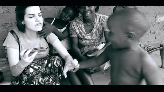 ESPECIAL DE FIM DE ANO: Rafaella se permitiu se doar