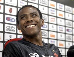 Elias vê Botafogo mais malandro do que Vasco: Vai ser diferente