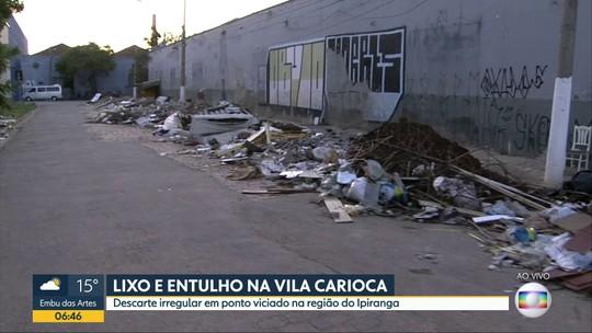 Rua na região do Ipiranga é ponto de descarte de lixo e entulho