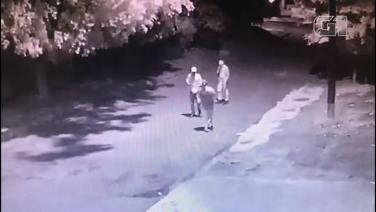 Dois homens são presos suspeitos de matar uma mulher em Campo Mourão; VÍDEO