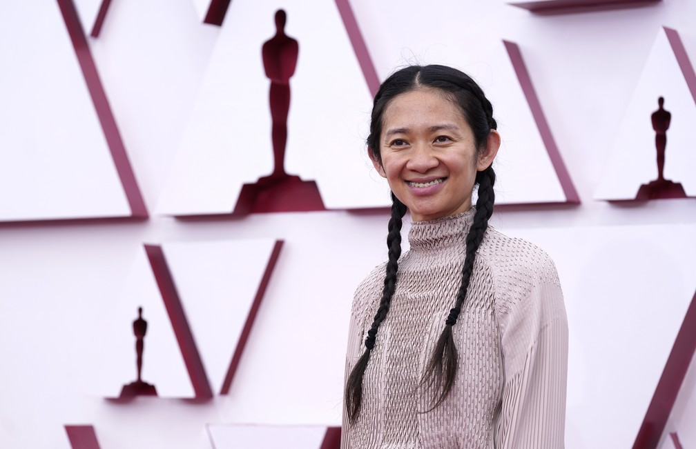 "Chloe Zhao, diretora de ""Nomadland"", no Oscar 2021 — Foto: AP Photo/Chris Pizzello"