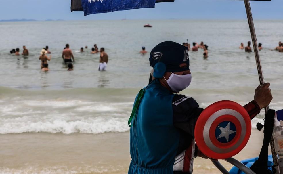 Movimento na praia de Jurerê nesta quinta-feira em Florianópolis — Foto: Diorgenes Pandini/ NSC