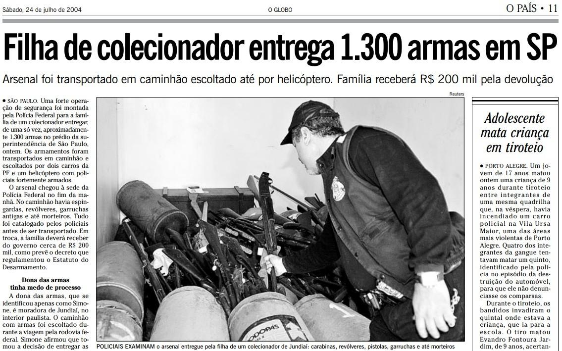 Filha de colecionador entrega 1300 armas ao governo
