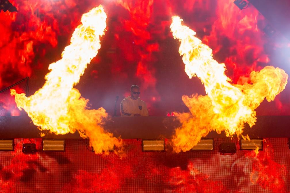 DJ Snake encerra o segundo dia do Palco Perry no Lollapalooza (Foto: Marcelo Brandt/G1)