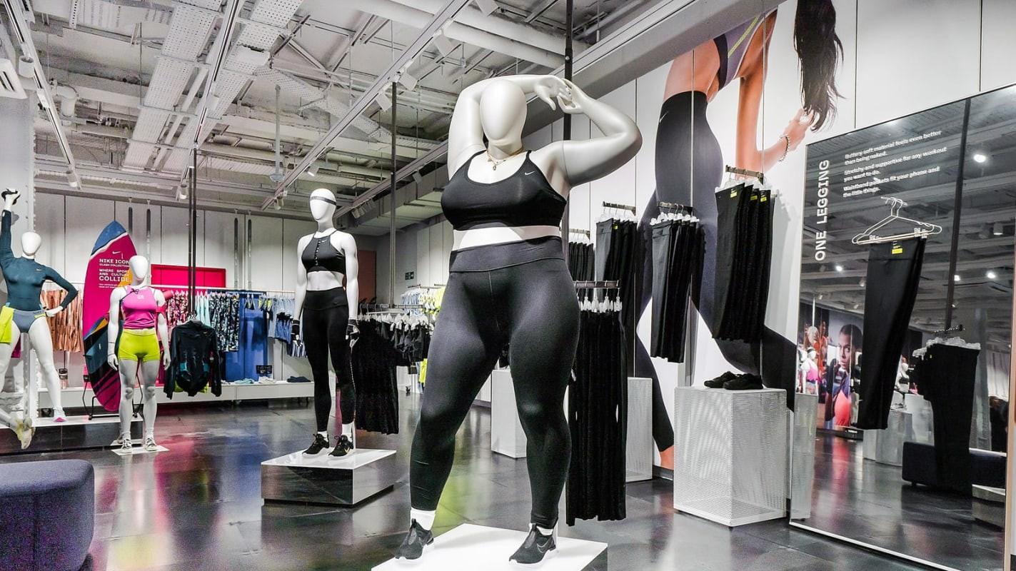 Loja da Nike em Londres passou a usar manequins plus-size (Foto: Divulgação)