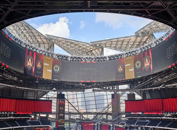 Mercedes-Benz Stadium   HOK   Atlanta GA                                (Foto: © 2018 Michael Robinson)