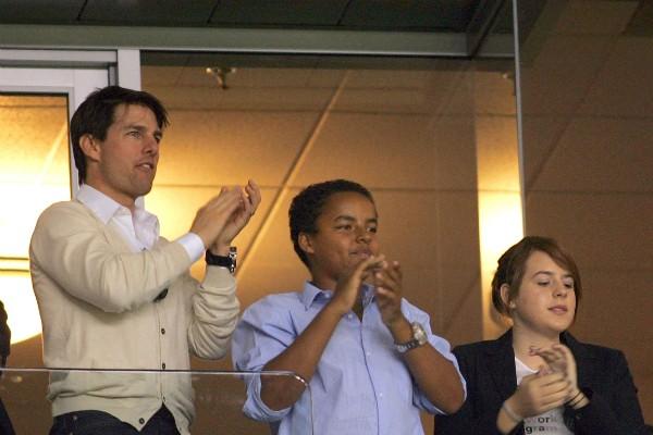 Tom Cruise com seus filhos Isabella e Connor em foto de 2008 (Foto: Getty Images)