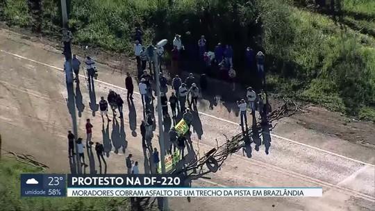Protesto na DF-220 em Brazlândia