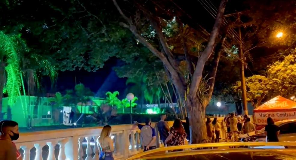 Cândido Mota promove mais um dia de 'festa sertaneja' para vacinar público de 18 anos — Foto: Prefeitura de Cândido Mota/Divulgação