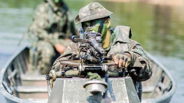 """Militares no governo dizem haver """"estranha coincidência"""" entre terras indígenas demarcadas e reservas minerais (Foto: Exército brasileiro)"""