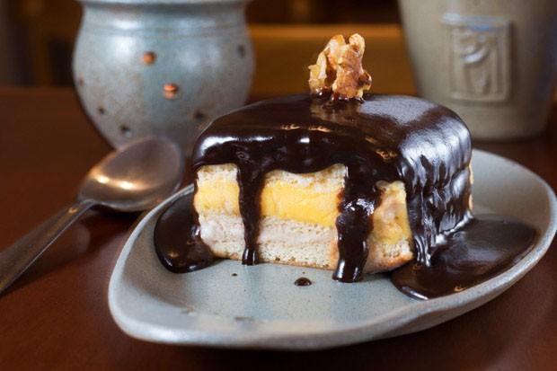 Receita: torta de chocolate com sorvete (Foto: Dante Pires/ Divulgação)
