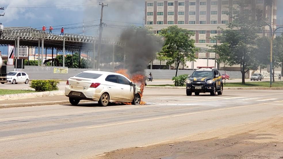 PRF interditou vias para atender o chamado. — Foto: Divulgação/PRF
