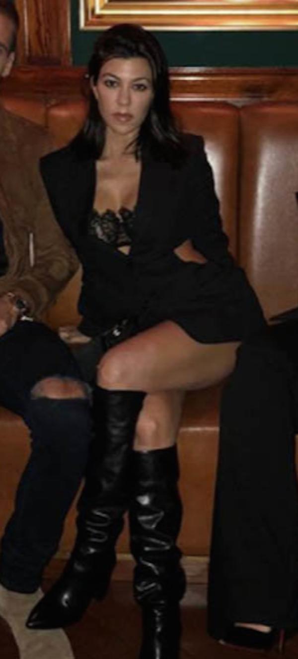 A socialite Kourtney Kardashian (Foto: Instagram)
