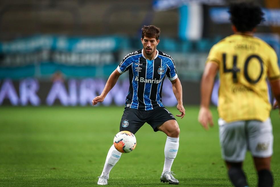 Lucas Silva é uma das alternativas do Grêmio — Foto: Lucas Uebel/Grêmio FBPA