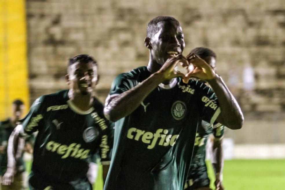 a5e87b2ce9 ... Patrick de Paula marcou o gol que abriu o placar para o Palmeiras na  vitória sobre