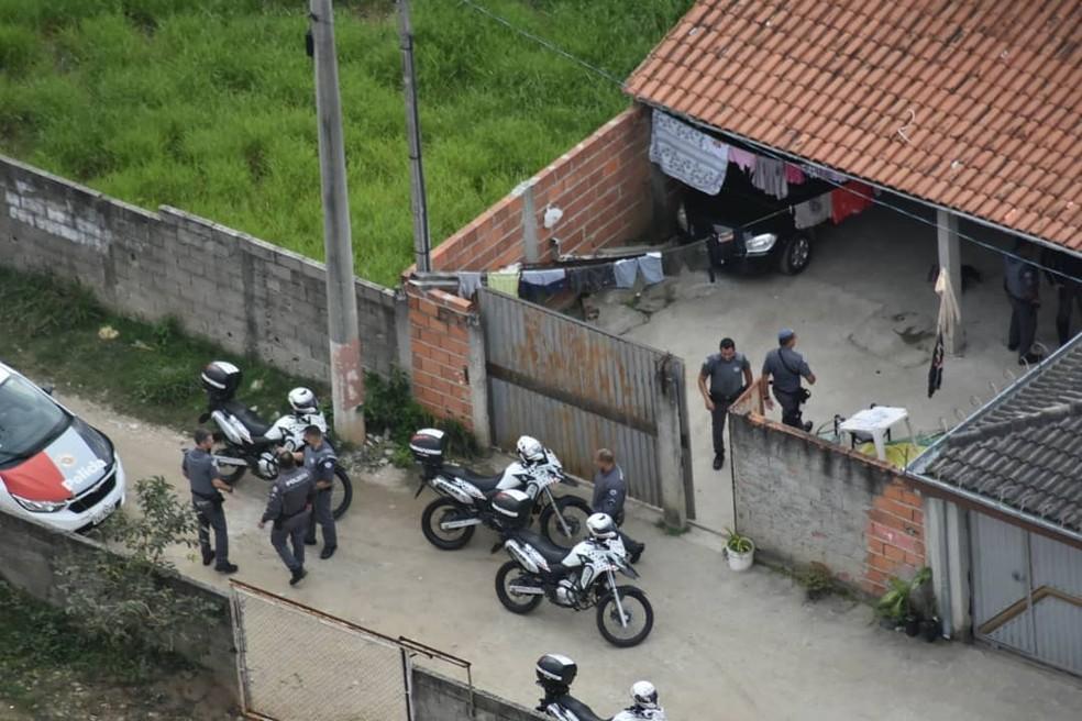 Adolescente morre em abordagem policial que terminou com troca de tiros com a PM em Jacareí. — Foto: Divulgação/PM