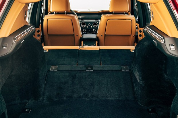 Rolls-Royce Cullinan (Foto: Divulgação)