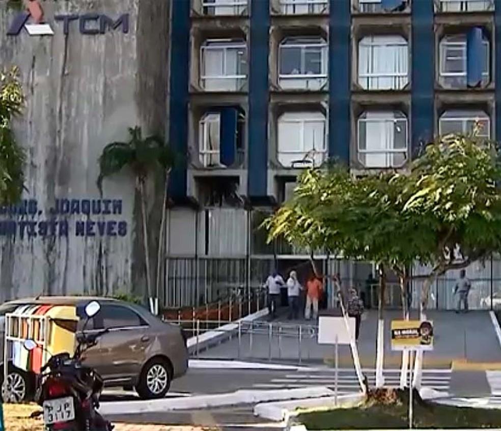 Fachada do TCM da Bahia, em Salvador (Foto: Reprodção/TV Bahia)