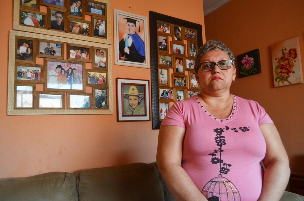Maria Rosenilda Delefrate cobra a condenação do empresário acusado de atropelar o filho Marcos Delefrate em Ribeirão Preto (Foto: Adriano Oliveira/G1)