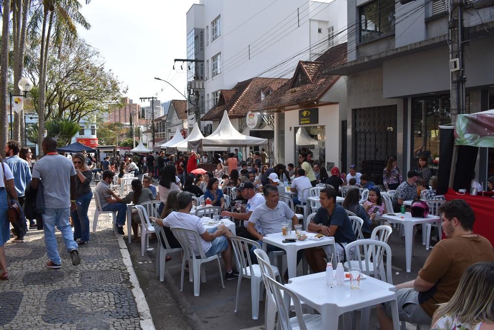 Movimento foi grande em Santa Rita do Sapucaí durante o festival — Foto: Régis Melo