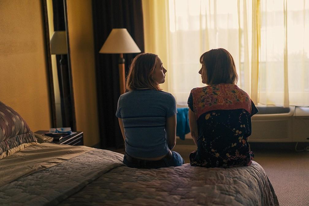 -  Saoirse Ronan e Laurie Metcalf em cena de   39;Lady Bird  39;  Foto: Divulgação