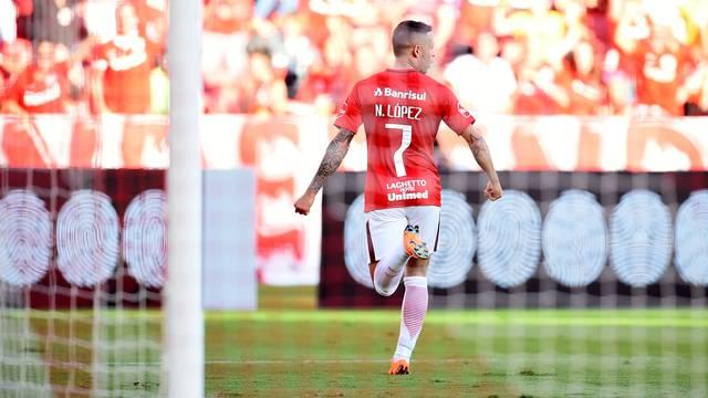 Nico López foi o destaque no Beira-Rio