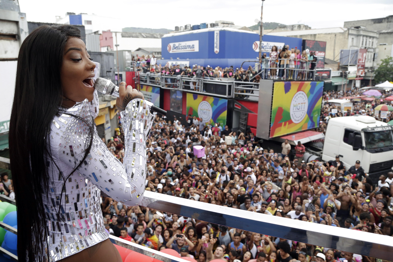Ludmilla na Parada LGBT de Madureira