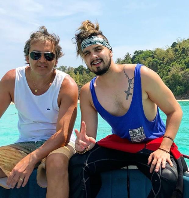 Luan Santana e o o pai, Amarildo Domingos (Foto: Reprodução/Instagram)