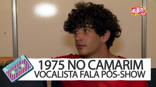 Pop paranoico em debate: The 1975 explica cenário 'Instagram', letras e show no Lollapalooza
