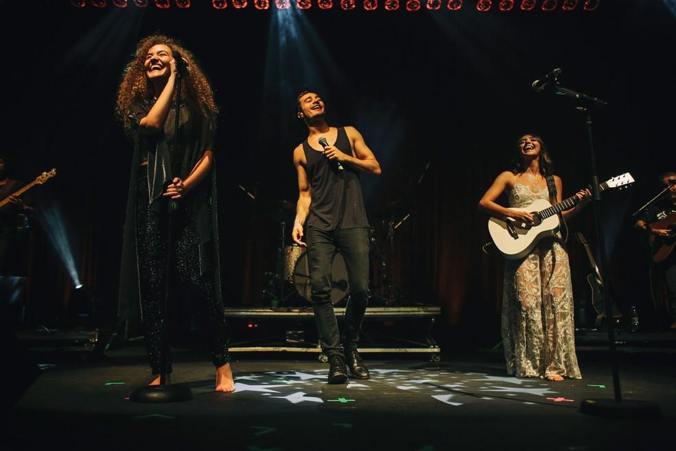 Anavitória e Tiago Iorc gravaram juntos a música 'Trevo (Tu)' (Foto: Divulgação)