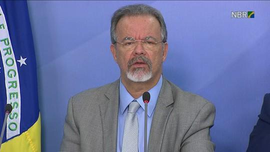 Governo diz que 45% dos bloqueios em rodovias estão liberados; decreto autoriza uso das Forças Armadas