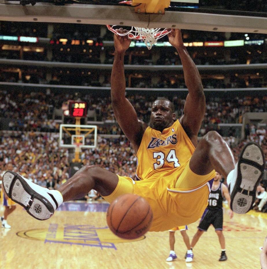 Shaquille O'Neal diz que seu Lakers bateriam Warriors, e Curry ...