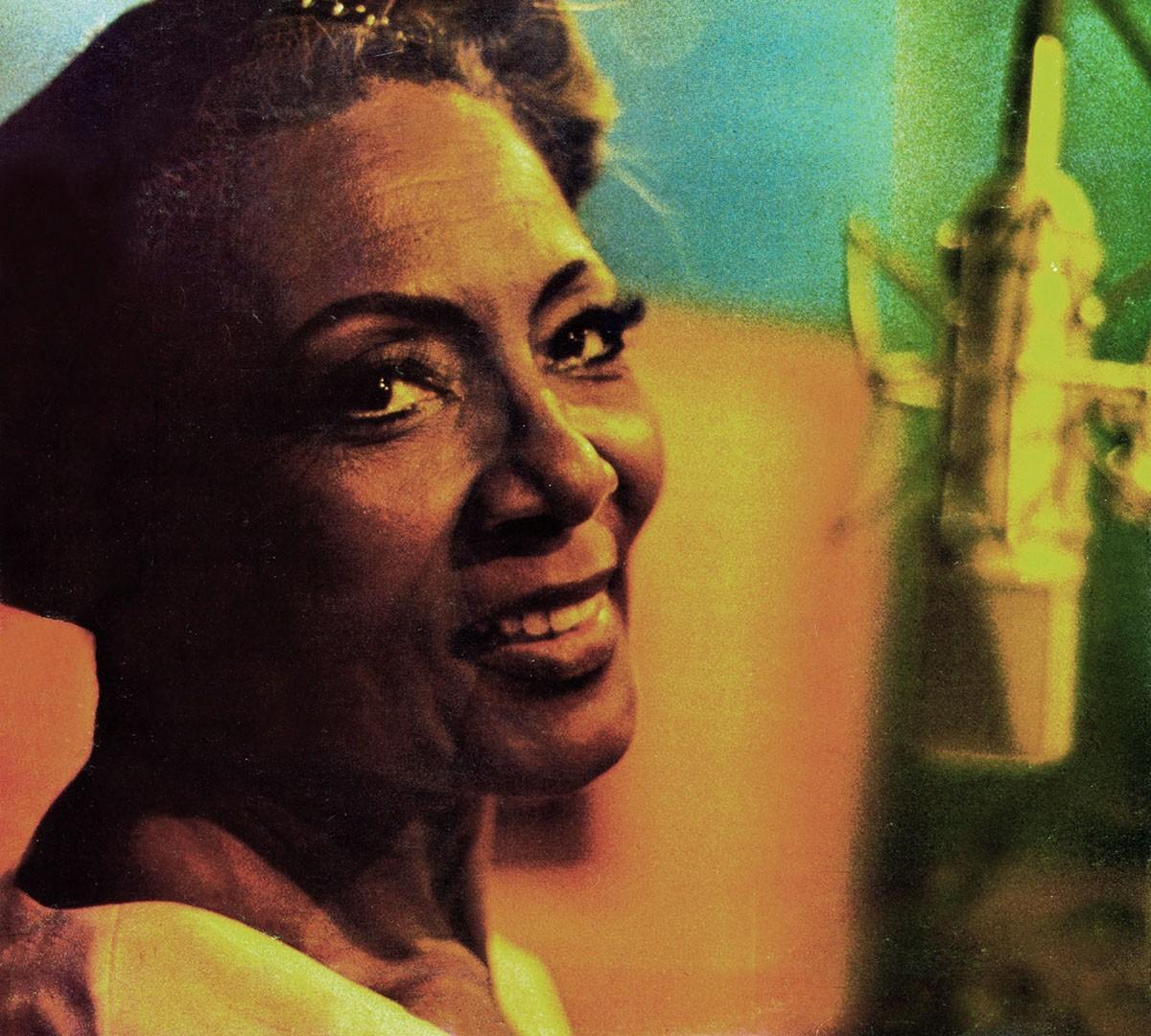 Carmen Costa, cantora de outros Carnavais, merece tributos pelo centenário de nascimento