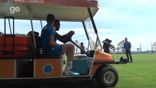 Robinho em campo, Sobis fora e carona no carrinho: Cruzeiro volta aos treinos
