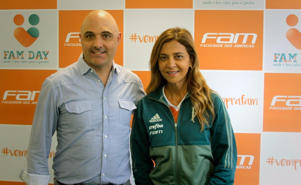 Leila Pereira ao lado do presidente Maurício Galiotte (Foto: Ag. Palmeiras/ Divulgação)