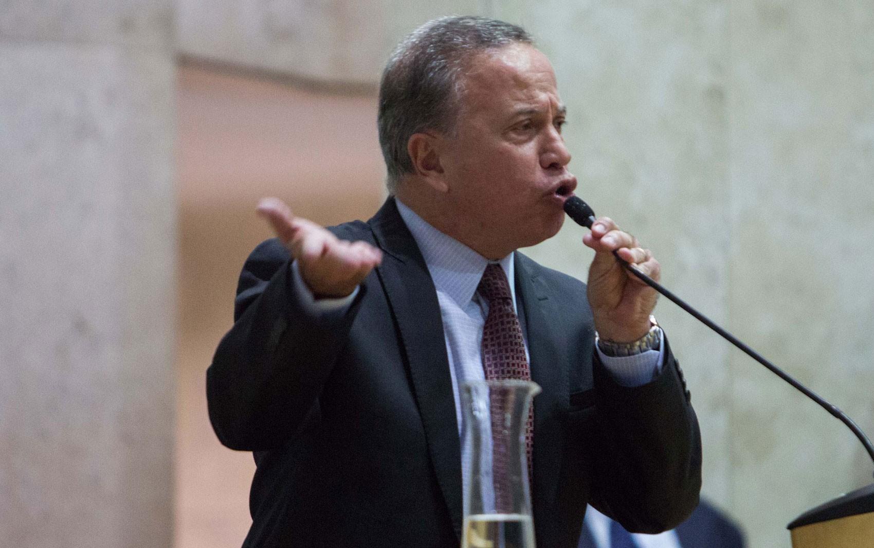 Funcionário da Prefeitura de SP acusa Camilo Cristófaro de agressão; vereador diz que se defendeu
