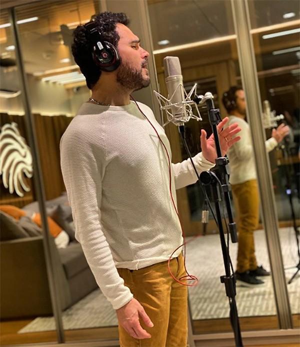 Luciano finaliza gravação do primeiro álbum solo, 'A ti entrego', com músicas religiosas